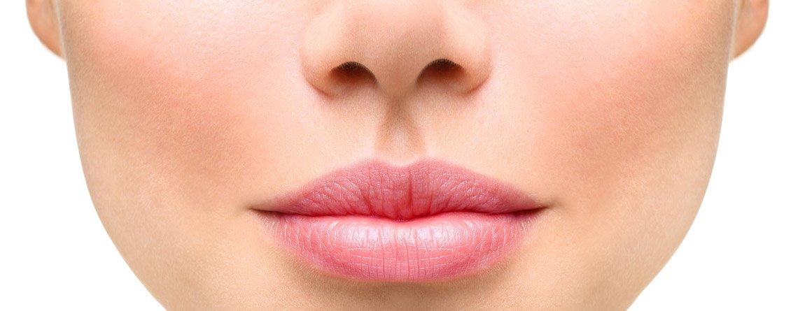 NASOLABIALFALTEN BEHANDLUNGEN – Wie kann man gegen Nasolabialfalten vorgehen?